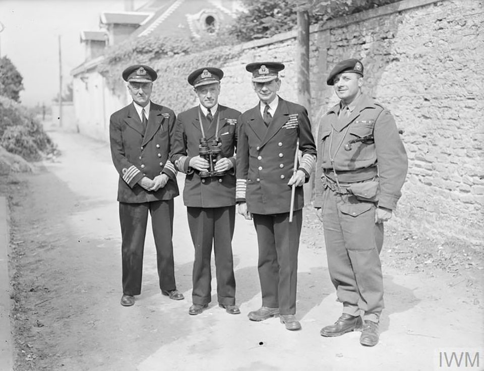 Commander Harrison-Wallace (far left).
